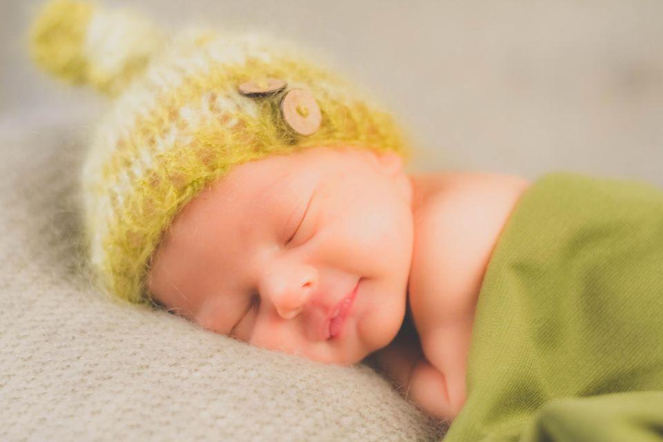sommeil enfant lille bebe dort